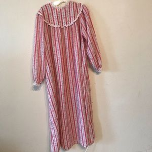 Vintage Lanz of Salzburg flannel nightgown pajamas 56e3cbc15